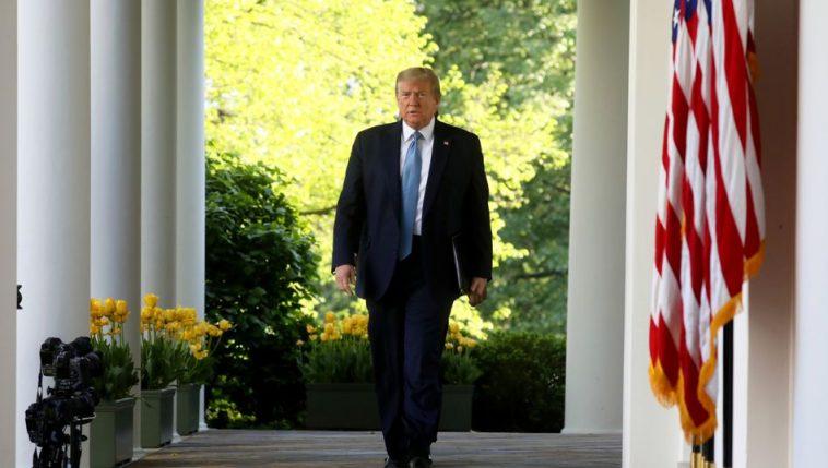 ترامب يهدد بتعليق عمل الكونغرس
