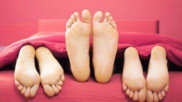 التدخل في الحياة الجنسية للآخرين