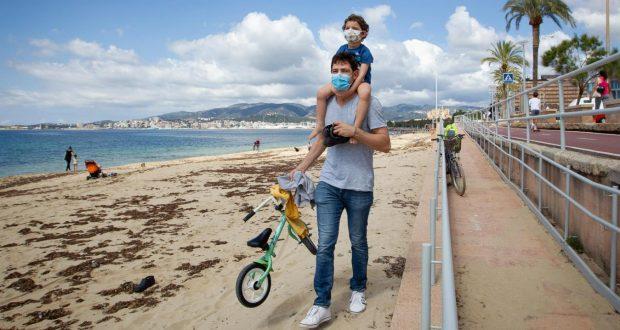 إسبانيا: خطة من أجل إعادة فتح الحدود أمام السياح الأجانب