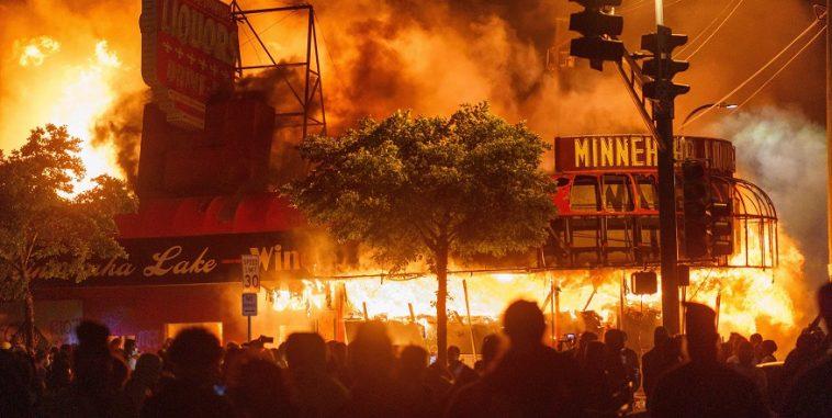 الاحتجاجات في مينيابوليس