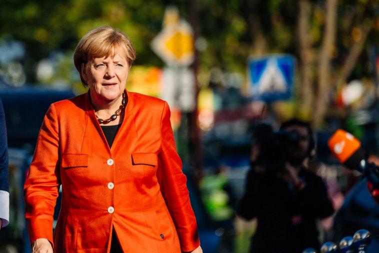 أخبار ألمانيا: ميركل تكشف سبب عدم ارتدائها الكمامة الواقية من كورونا