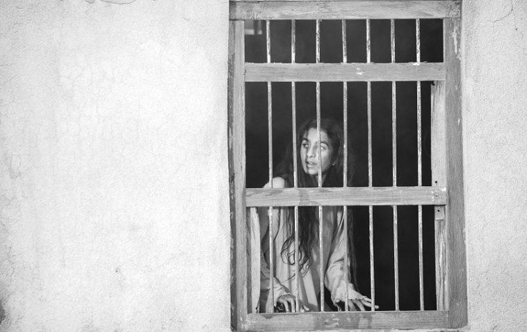شهد أمين، سيدة البحر (لقطة من الفيلم) 2019، فيديو رقمي، أبيض وأسود، صوت، 75 دقيقة، إنتاج إيمج نيشن، الصورة بإذن من إيمج نيشن