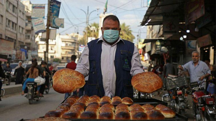 أزمة غذاء في سوريا ومخاوف من تسارع تفشي فيروس كورونا