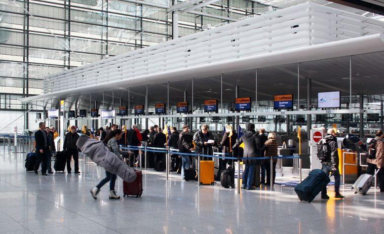 أخبار ألمانيا: اختبار الكشف عن فيروس كورونا في المطارات