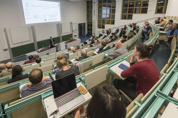 العنصرية في الجامعات الألمانية ومراكز البحث العلمي في ألمانيا