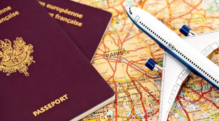 جواز السفر الأحمر