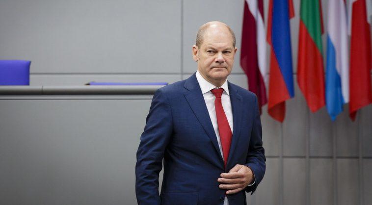 وزير المالية الألماني يتعهد بالكشف الكامل عن تفاصيل فضيحة وايركارد