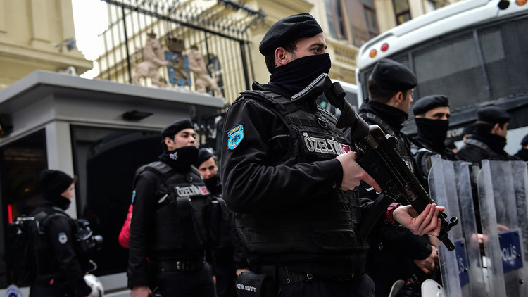 على خطى هتلر إردوغان ينشئ الشرطة الموازية في اسطنبول