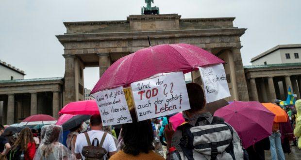 أخبار ألمانيا: احتجاجات برلين ضد قيود كورونا