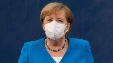 المستشارة الألمانية ميركل ستتلقى لقاح أسترازينيكا