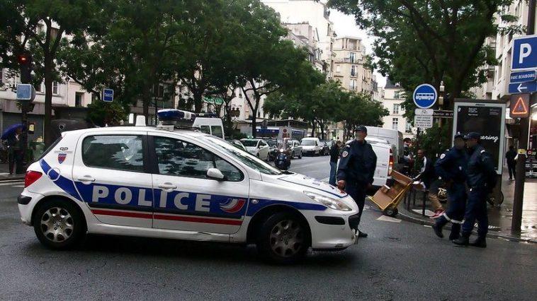 """عدة إصابات جراء هجوم بالسكين قرب مقر مجلة """"شارلي إيبدو"""" السابق في باريس"""