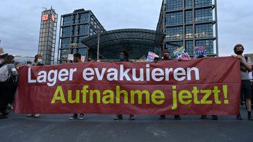 بعد حريق مخيم موريا.. مظاهرات في عدة مدن ألمانية للمطالبة باستقبال اللاجئين