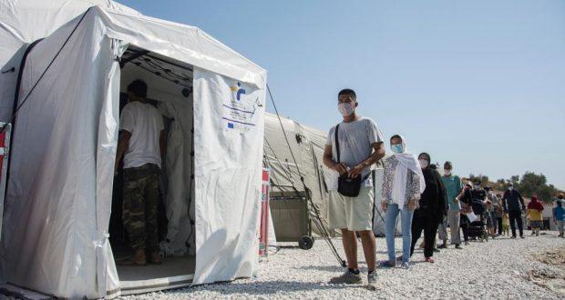أول وفاة بفيروس كورونا في مخيمات اللاجئين في اليونان