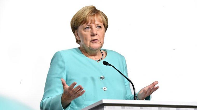 كورونا في ألمانيا: فرض غرامة مالية جديدة ووضع حد أقصى للمشاركين في الحفلات