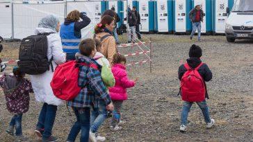 ألمانيا تستقبل المزيد من طالبي اللجوء القادمين من مخيمات الجزر اليونانية