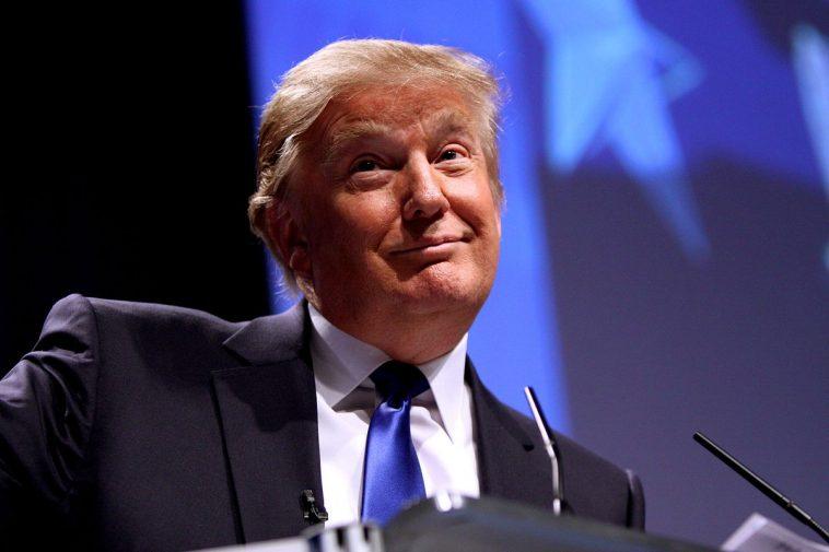 جائزة نوبل للسلام 2021: ترشيح الرئيس الأمريكي دونالد ترامب لنيل الجائزة