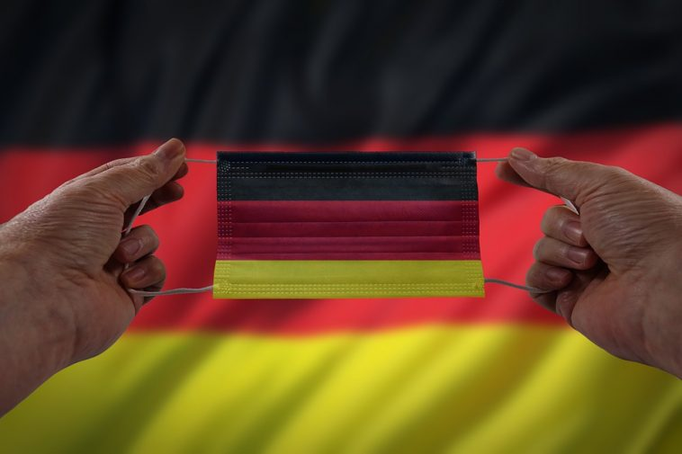 ألمانيا: ارتفاع عدد الإصابات الجديدة بفيروس كورونا وتحذيرات من السفر إلى الخارج