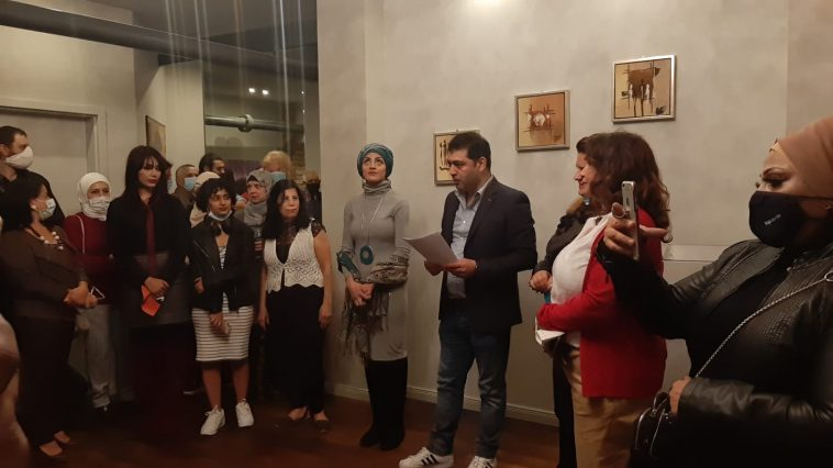"""افتتاح معرض """"ألوان مهاجرة"""" للفن التشكيلي في العاصمة الألمانية برلين"""