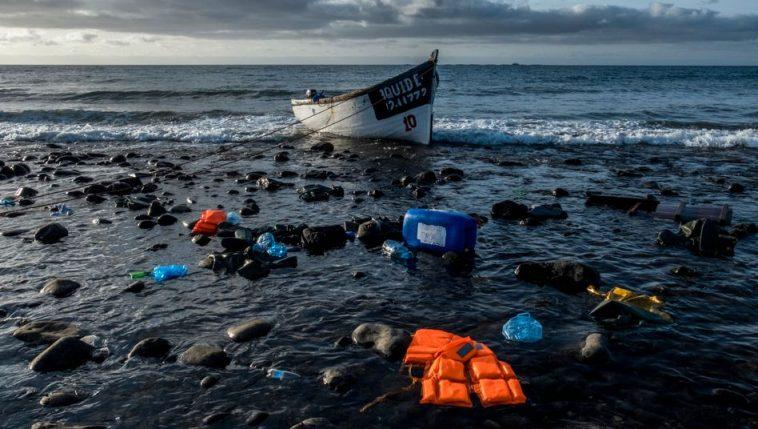 حلم الوصول إلى أوروبا يتنهي بمأساة جديدة: غرق 140 مهاجراً قبالة ساحل السنغال