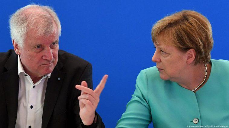 أخبار ألمانيا: وزير الداخلية الألماني يسعى إلى ترحيل لاجئين إلى سوريا