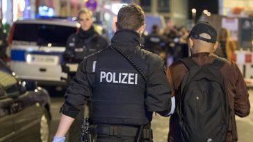 جرحى في حادث طعن غرب ألمانيا والشرطة تلقي القبض على المشتبه به