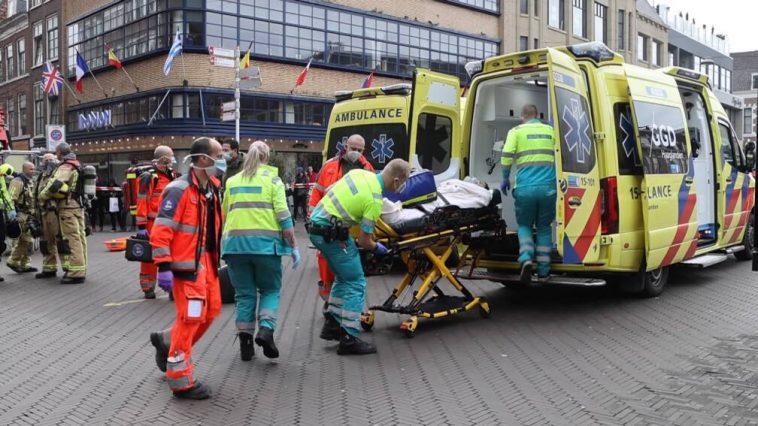 هولندا: فوضى وذعر بعد هجوم بسكين وحريق في سوبرماركت في وسط مدينة لاهاي