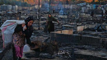 لبنان: اعتقالات بعد إحراق مخيم للاجئين السوريين ومبادرات لإغاثة المتضررين