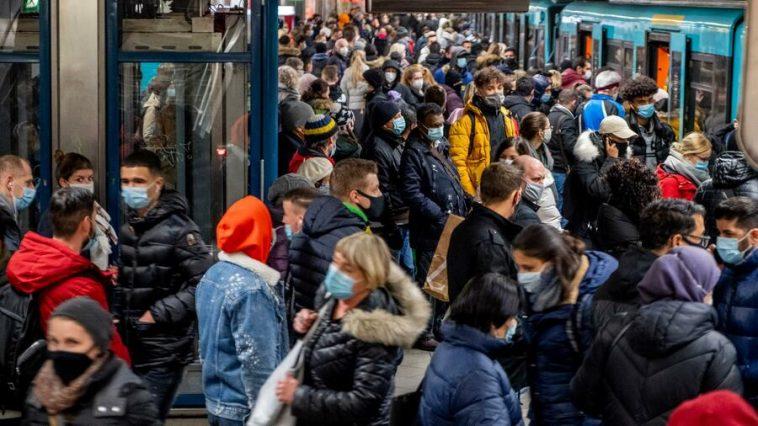ألمانيا تسجل رقماً قياسياً جديداً بعدد الإصابات اليومية بفيروس كورونا