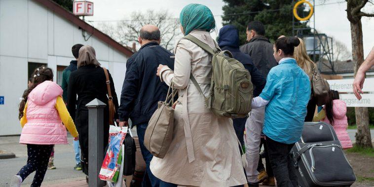 ألمانيا: السماح بعمليات الترحيل إلى سوريا