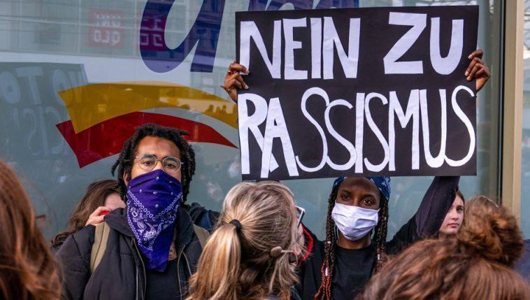 زيادة قوية في حالات التمييز العنصري في ألمانيا خلال جائحة كورونا