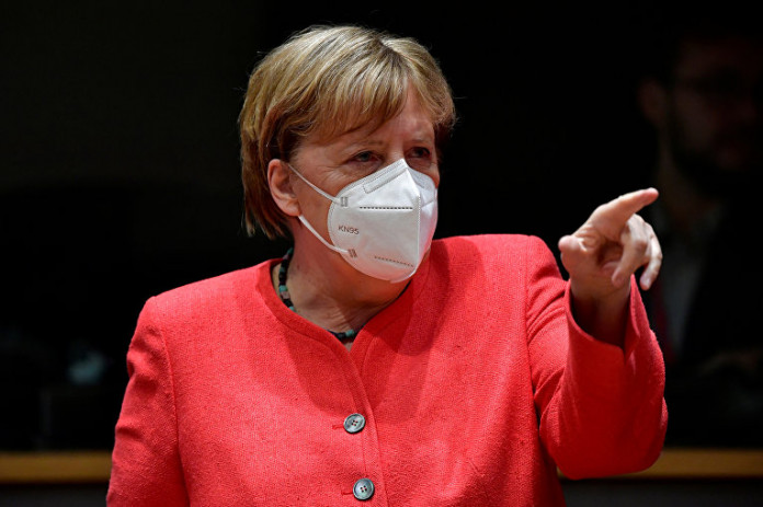 ألمانيا: بعد انتقاد حملة التطعيم ضد كورونا.. ميركل تعين مجموعة عمل وتدعو إلى قمة أزمة