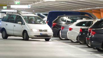 لغز موقف السيارات: مسن ألماني ظل يبحث لأسابيع عن سيارته بعدما نسي أين ركنها!