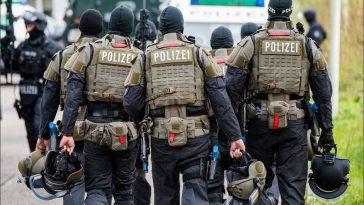 اعتقال 3 أشقاء سوريين في ألمانيا والدنمارك بتهمة التخطيط لهجوم إرهابي في أوروبا