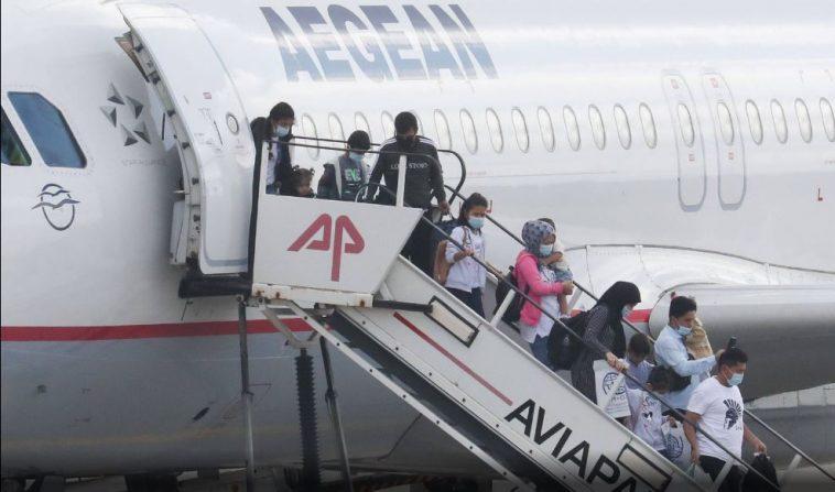 ألمانيا تستقبل عشرات اللاجئين من اليونان