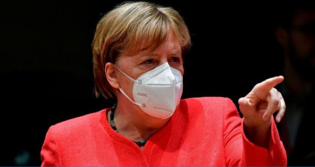ميركل تعارض الافتتاح الجزئي للمدارس وتريد تمديد الإغلاق العام في ألمانيا