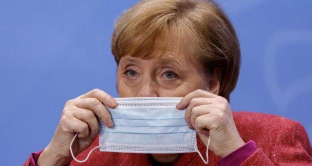 أخبار ألمانيا: غالبية الألمان يشككون في وعود ميركل بشأن التطعيم ضد كورونا