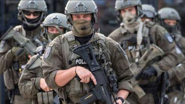 أخبار ألمانيا: حملة أمنية واسعة ضد شبكة من النازيين الجدد في ثلاث ولايات ألمانية