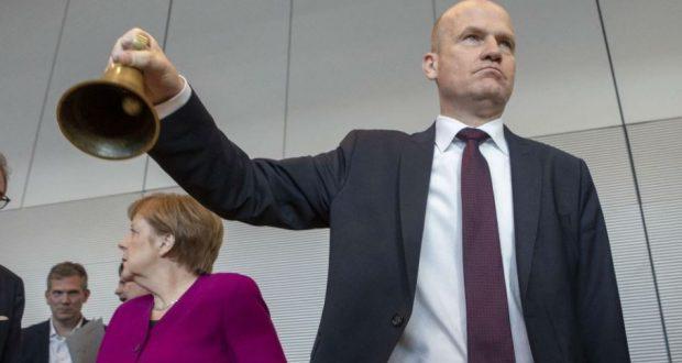 رئيس الكتلة البرلمانية لاتحاد ميركل يدعو إلى ثورة إصلاحية للنظام في ألمانيا