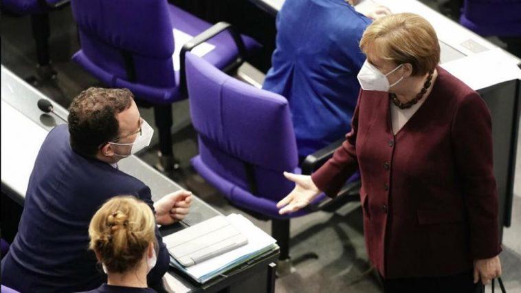 أخبار ألمانيا: تأخير خطة الحكومة لتوفير اختبارات كورونا السريعة المجانية للجميع