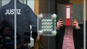 أخبار ألمانيا: محاكمة سوريين بتهمة المشاركة في شنق ضابط بالمعارضة السورية