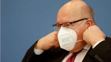 ألمانيا: وزير الاقتصاد الألماني يعتذر للشركات عن بطء صرف مساعدات كورونا