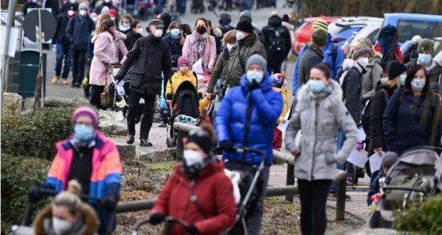 بداية موجة كورونا الثالثة في ألمانيا وارتفاع كبير في أعداد الإصابات بالفيروس