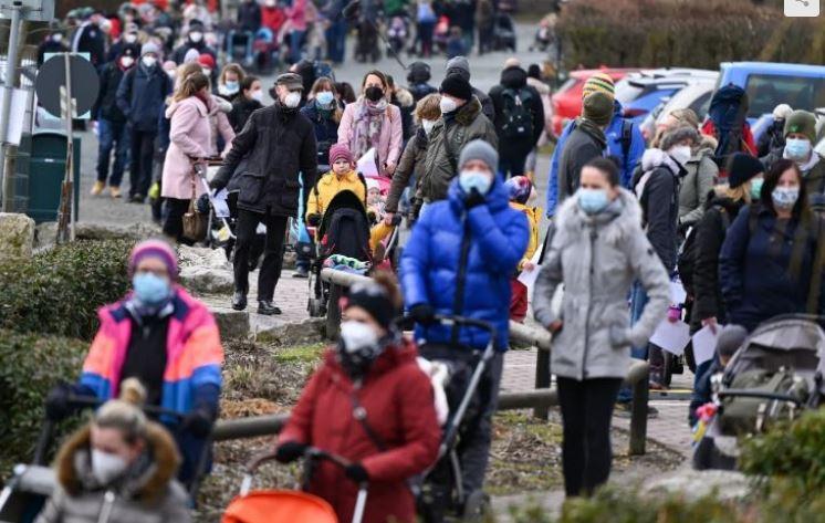ألمانيا: ارتفاع جديد في إصابات كورونا وتأجيل اجتماع ميركل مع زعماء الولايات