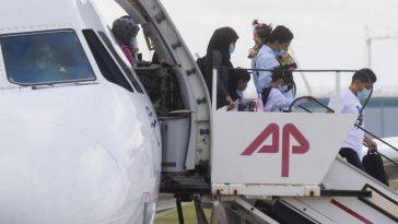 استقبال اللاجئين من اليونان: ألمانيا تستقبل آخر دفعة من اللاجئين من جزيرة ليسبوس