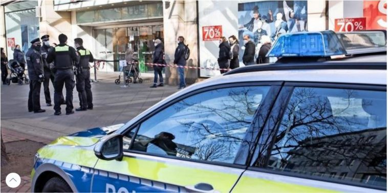 أخبار ألمانيا: بعد ساعات قليلة من افتتاحها.. الشرطة تغلق المتاجر في إحدى الولايات