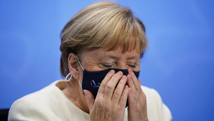 ألمانيا: تراجع شعبية حزب ميركل على خلفية إدارة أزمة كورونا وفضيحة الكمامات