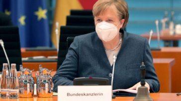 """""""يوم مهم"""" في ألمانيا.. ميركل وزعماء الولايات يبحثون إجراءات فتح محتملة لإغلاق كورونا"""