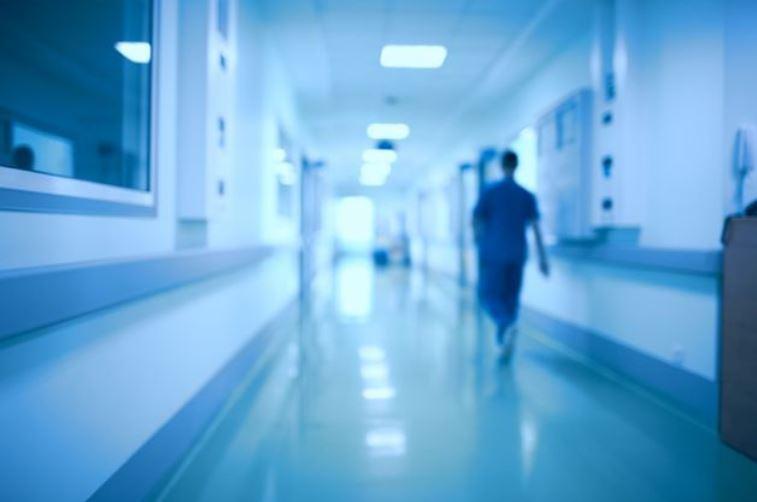 أخبار ألمانيا: اتهام طبيب ألماني بقتل ثلاثة مرضى