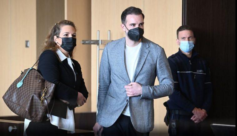 حكم قضائي بحق لاعب سابق في المنتخب الألماني بتهمة نشر مواد إباحية للأطفال