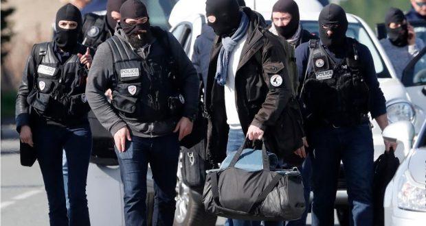 تحويلات مالية إلى سوريا: اعتقال عدة مشتبهين بتحويل الأموال في أوروبا